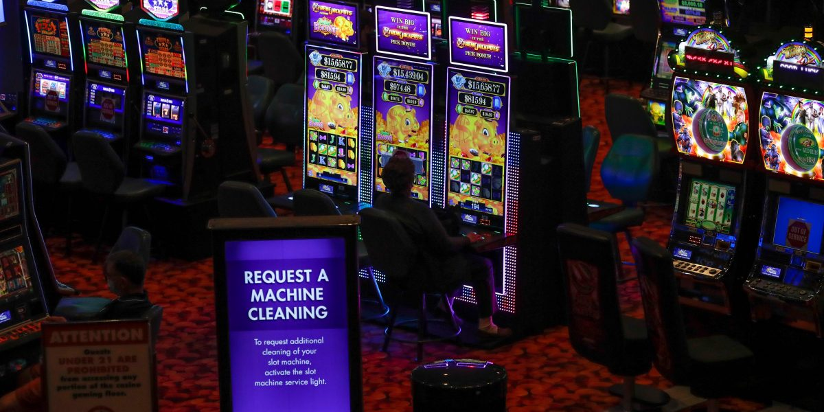 Play Slot Pro Port Online Is Critical To Your Company