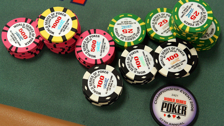 Awesome Little Online Poker Gadget